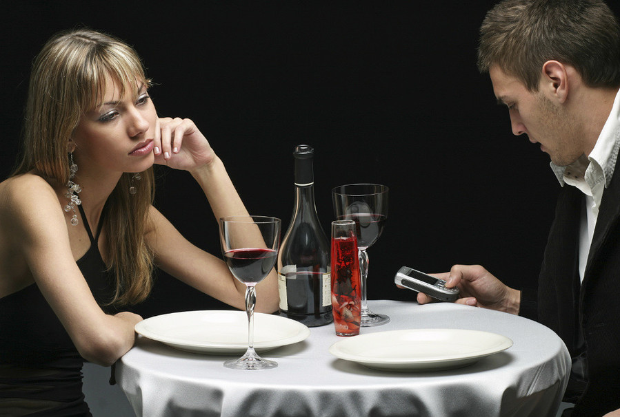 How NOT to generate intimacy on a date.